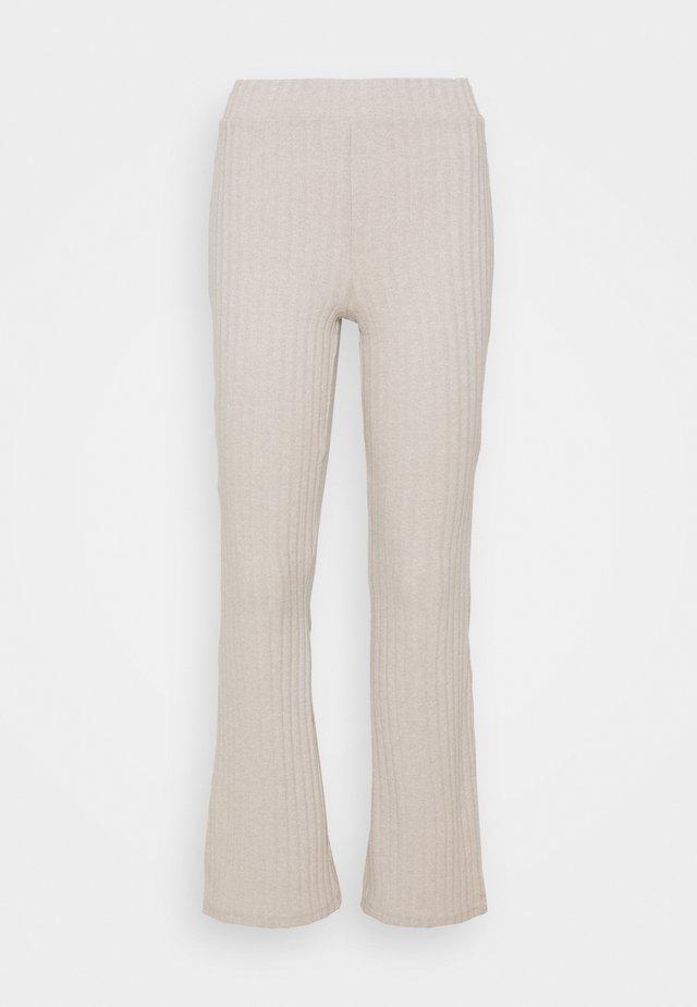 TARA TROUSERS - Pantaloni - beige