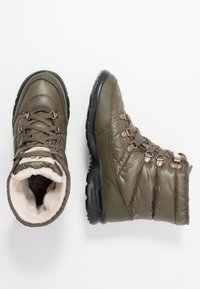 The North Face - THERMOBALL LACE II - Winter boots - new taupe green/vintage white - 1