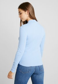 Monki - KIM ZIP - Long sleeved top - soft blue - 2