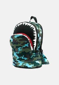 pick & PACK - SHARK - Rucksack - camo hellblau - 4