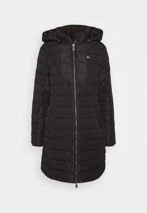 QUILTED COAT - Kabát zprachového peří - black