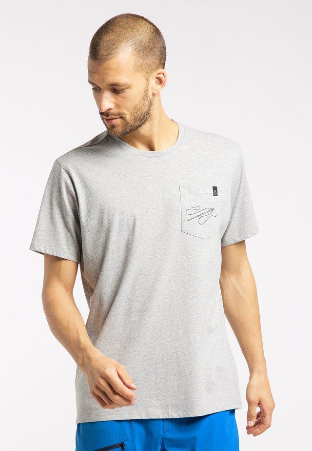 MIRTH  - Print T-shirt - light grey