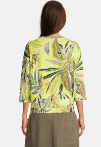 Betty Barclay - Long sleeved top - green/yellow - 2