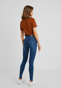 Noisy May - CALLIE - Jeans Skinny Fit - medium blue denim - 2