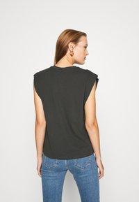 Trendyol - Print T-shirt - anthracite - 2