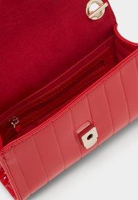 Valentino Bags - BONGO - Across body bag - rosso - 2