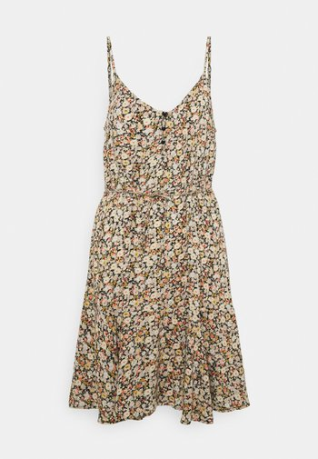 PCNYA SLIP BUTTON DRESS
