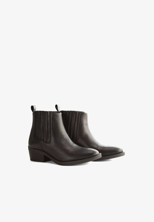 V.HORTA - Classic ankle boots - black