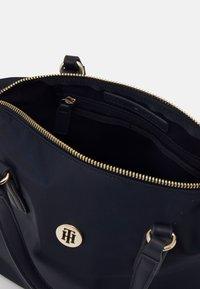 Tommy Hilfiger - POPPY SMALL TOTE - Handbag - desert sky - 2