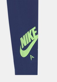 Nike Sportswear - FAVORITES - Legging - blue void/lime glow - 2