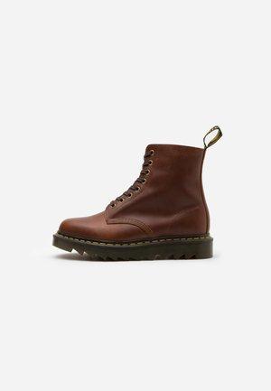 PASCAL ZIGGY - Šněrovací kotníkové boty - tan luxor