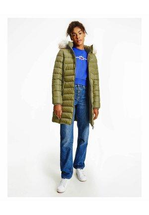 ESSENTIAL HOODED COAT - Down coat - oliv (45)