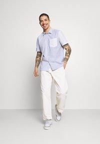Obey Clothing - MARSHALL PANT - Chinot - sago - 1