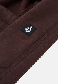 Volcom - DANG POLARTEC HOOD - Lue - black/red - 2