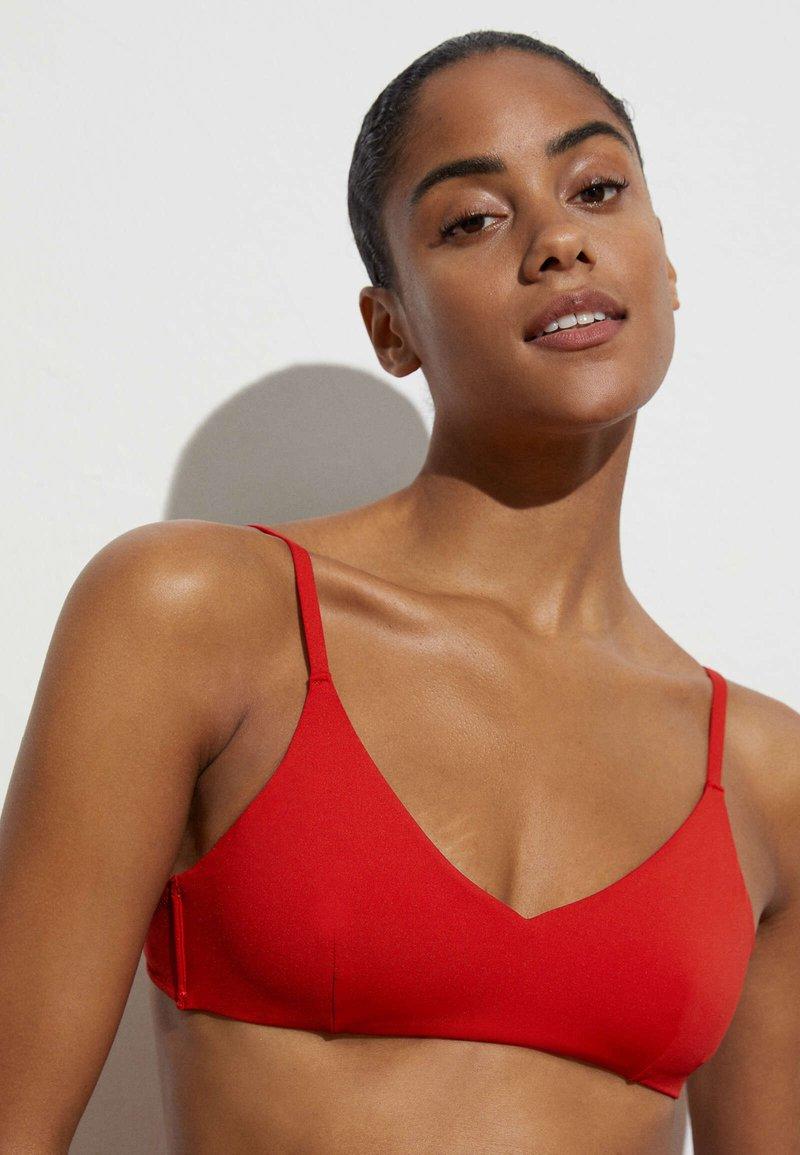 OYSHO - Haut de bikini - red