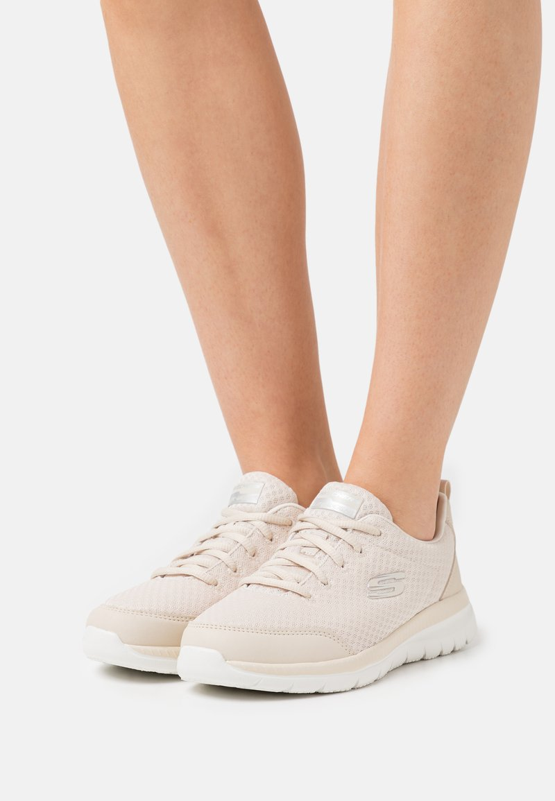 Skechers Sport - BOUNTIFUL - Sneakers basse - taupe/white