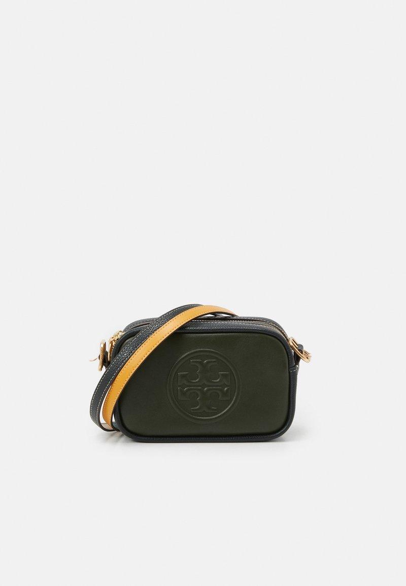 Tory Burch - PERRY BOMBE DOUBLE STRAP MINI BAG - Taška spříčným popruhem - olive/deep kelp