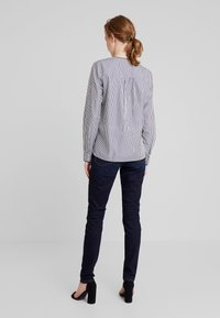 Marc O'Polo - BLOUSE CREW NECK WITH SLIT - Blouse - combo - 2
