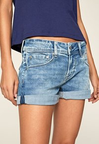 Pepe Jeans - SIOUXIE - Jeansshorts - denim - 3