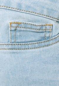 Missguided Maternity - MATERNITY FRAYED HEM - Denim shorts - blue - 2