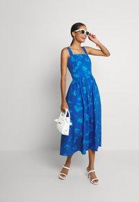 Never Fully Dressed - PALM DRESS - Day dress - blue - 1