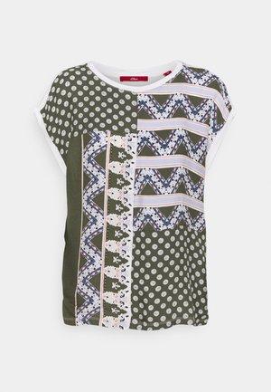 KURZARM - Print T-shirt - khaki