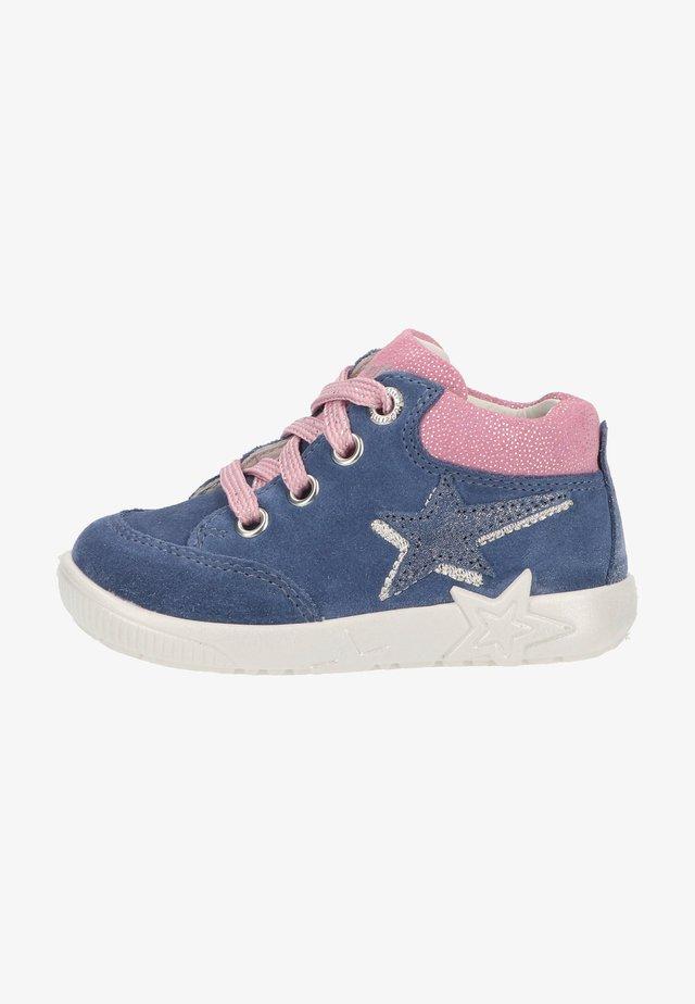 Sneakers laag - blau/rosa