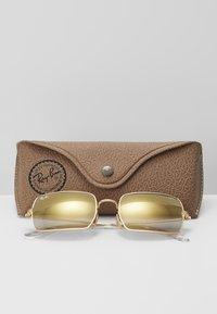 Ray-Ban - Sunglasses - shiny gold-coloured - 3