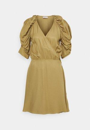 ROSANNE - Robe d'été - golden beige