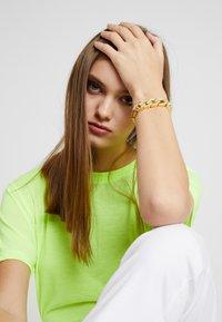Urban Classics - GLITTER BRACELET - Bracelet - gold-coloured - 3