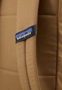 Patagonia - ARBOR MARKET PACK 15L - Rucksack - coriander brown - 2