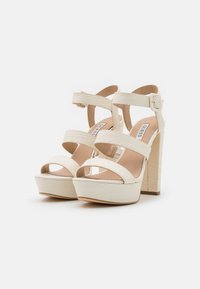 Guess - RAYONA - Platform sandals - cream - 2