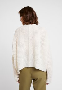 Free People - MOONBEAM - Svetr - ivory - 2