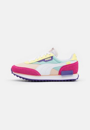 FUTURE RIDER PLAY ON - Neutral running shoes - luminous pink/white/peach parfait