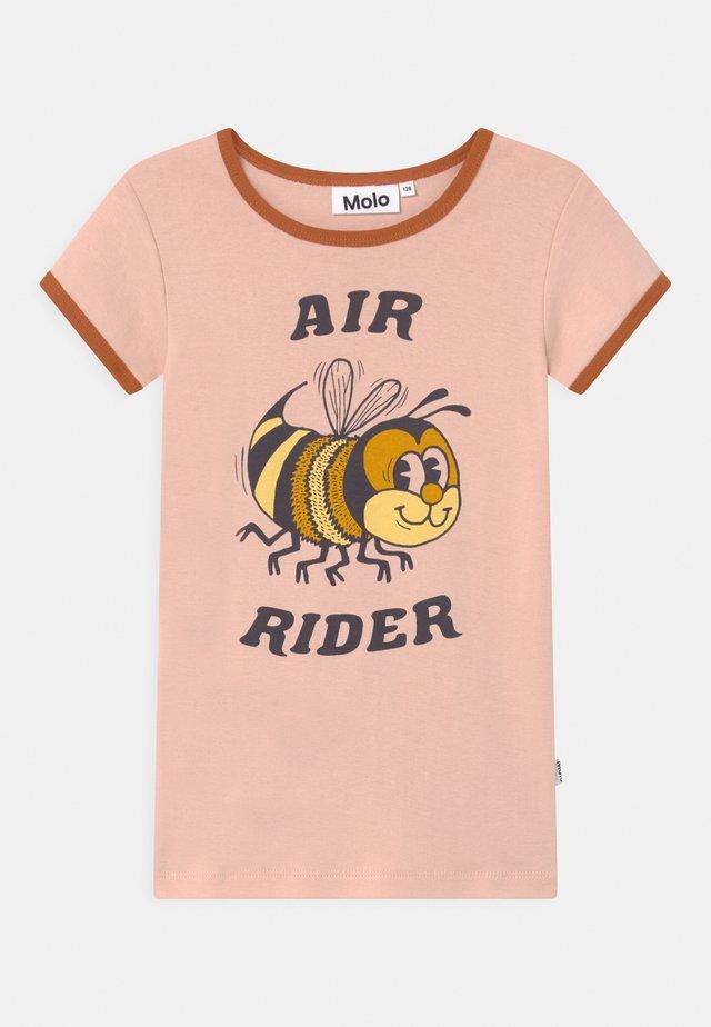 RHIANNON - Print T-shirt - light pink