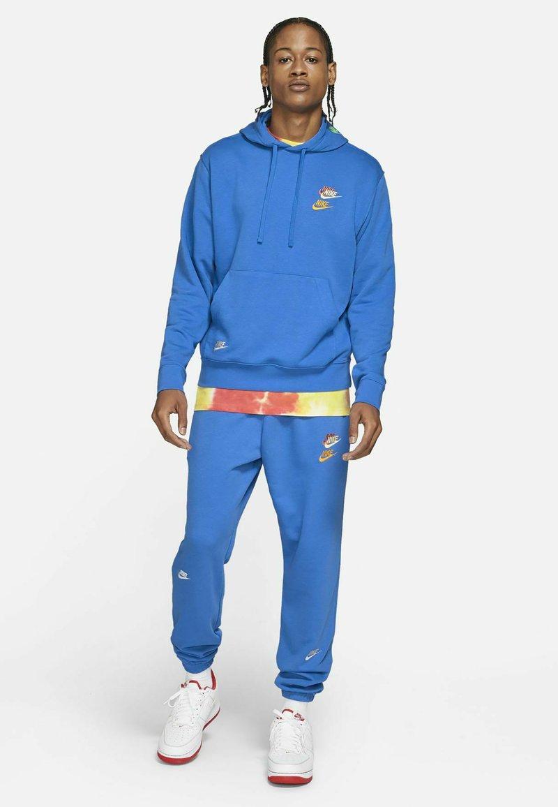 Nike Sportswear - Luvtröja - signal blue/signal blue