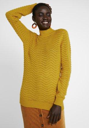 YASBRENTRICE - Stickad tröja - golden yellow