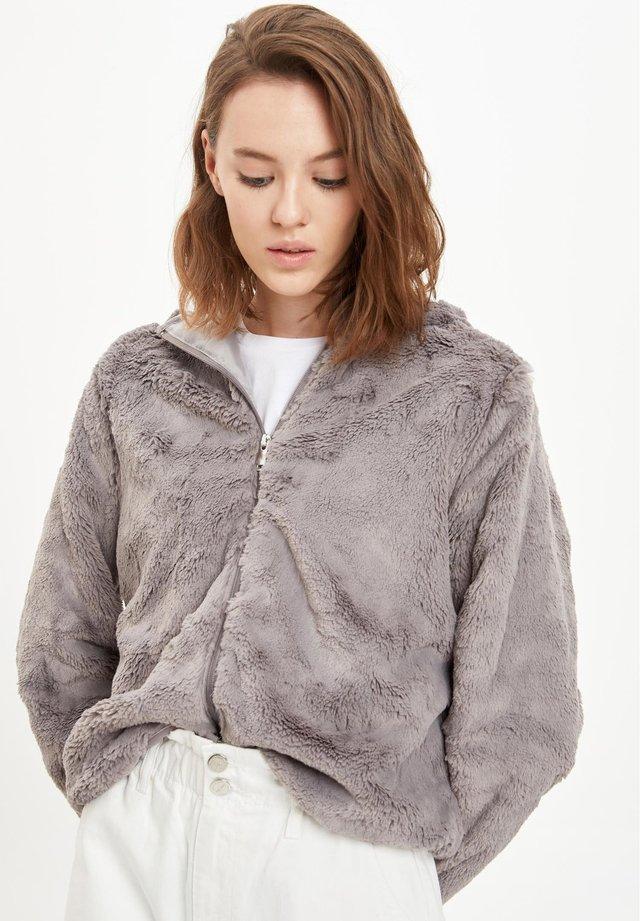 Kurtka zimowa - grey