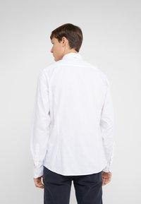 HKT by Hackett - SUPER OXFORD SHIRT - Skjorter - white - 2