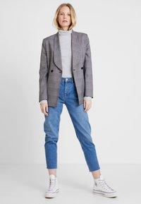 Zalando Essentials - T-shirt à manches longues - mottled light grey - 1