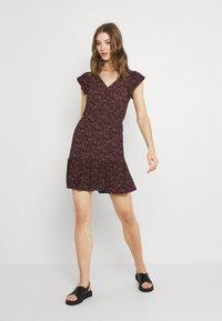JDY - JDYGITTE SVAN CAPSLEEVE DRESS - Vestito estivo - black/pink - 1