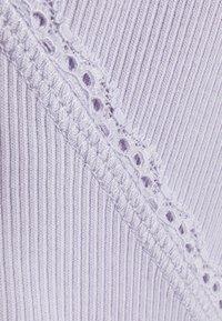 Monki - Topper langermet - lilac purple dusty light solid - 5