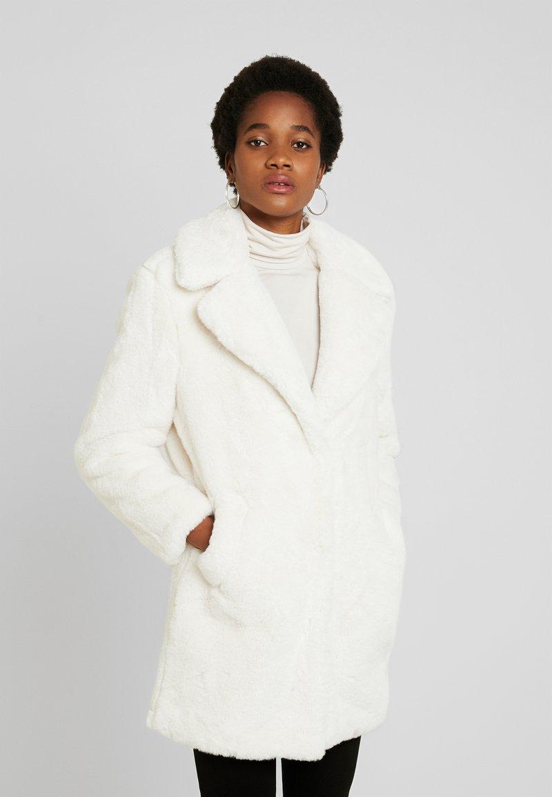 New Look - Krátký kabát - white