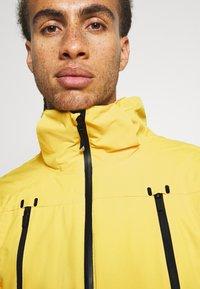 Brunotti - BORAN MENS SNOWJACKET - Snowboardová bunda - cyber yellow - 4