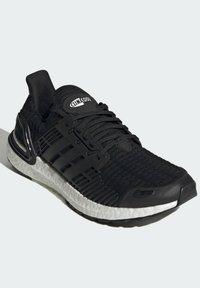 adidas Performance - ULTRABOOST DNA CC_1 CLIMA RUNNING - Scarpe da corsa stabili - black - 1