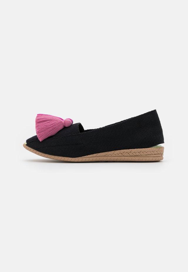 Nazouvací boty - purpura/magenta/malva