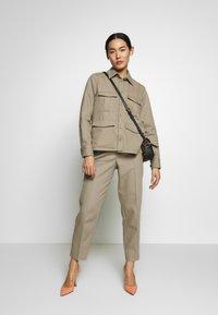 Filippa K - HANNA JACKET - Lehká bunda - khaki - 1