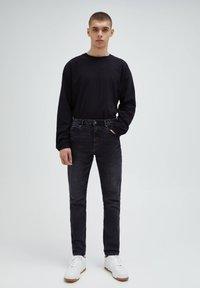 PULL&BEAR - Jeans slim fit - black denim - 1