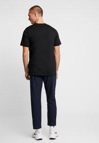 Jordan - FILL CREW - T-shirts print - black - 2