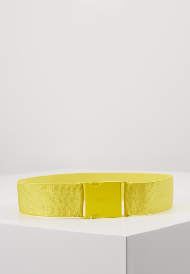 Vyö - yellow